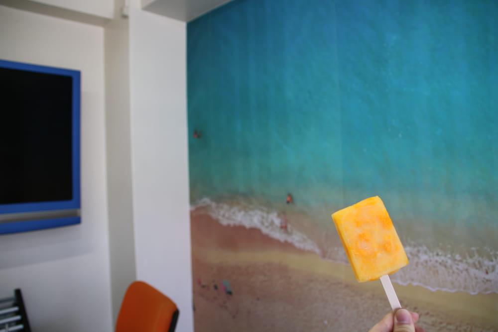 アイスと壁紙
